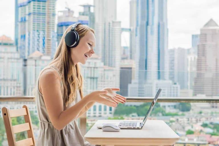 teach English online with no experience