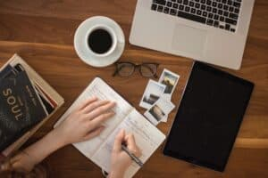 travel writing courses