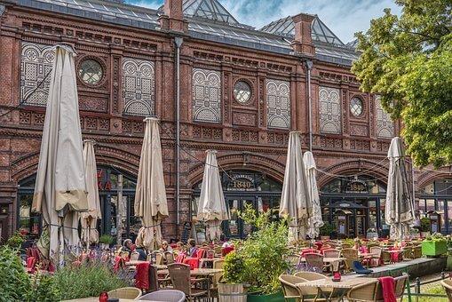 best cafes in Berlin to work