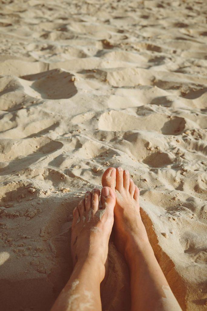 selling feet pics